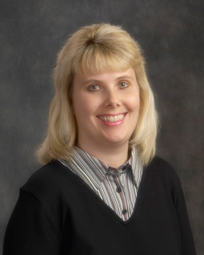 Lisa Knuffman is an advanced oncology certified nurse practitioner at Quincy Medical Group