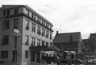 construction on the 11th and Maine building in 1952